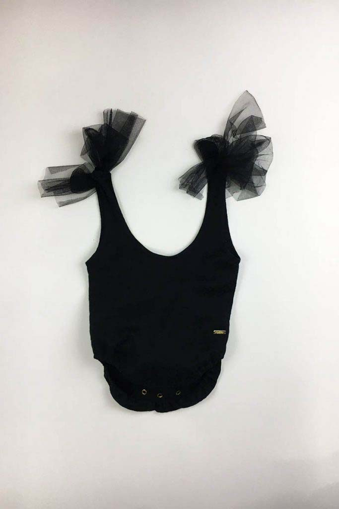 body brocado escotado negro omho nina bebé 2