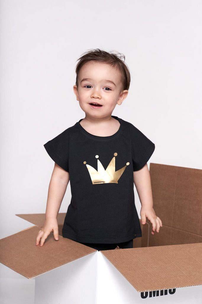 camiseta oversize algodón organico corona dorada omho unisex nino nina1